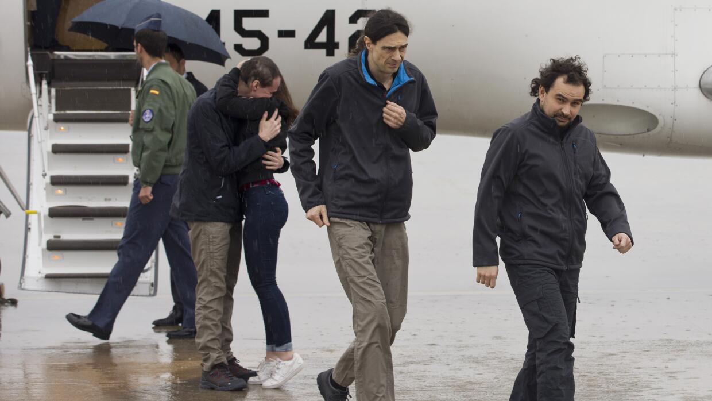 El grupo de periodistas españoles llegan a España