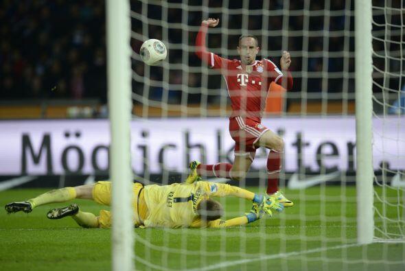 Este es el momento en el que Ribery sentenció el marcador para Bayern.