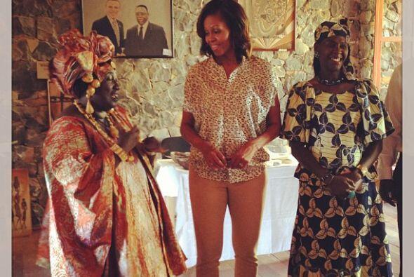 La esposa del presidente de Estados Unidos, Michelle Obama, estrenó su c...