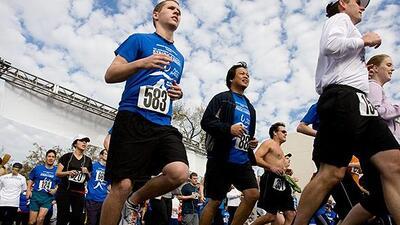 No importa tu nivel de actividad física. ¡Camina o corre, pero PARTICIPA!