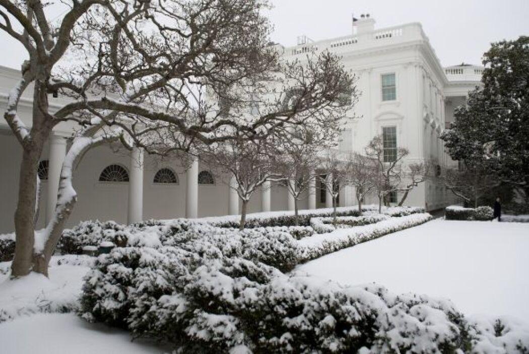 Podría provocar precipitaciones de hasta 12 pulgadas de nieve en algunas...