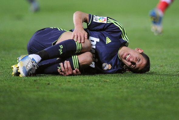El Madrid ve con dolor como la Liga le queda cada vez más lejos.