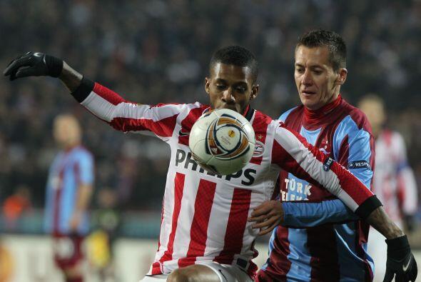 PV Eindhoven fungió como visitante ante la sorpresa Trabzonspor.