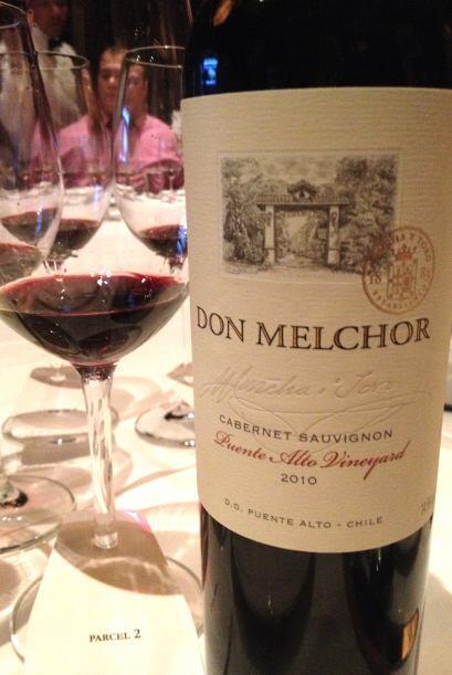 Este vino chileno de uva Cabernet Sauvignon, es cosecha 2010 y consigui&...