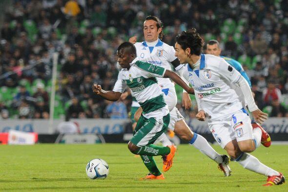 Darwin Quintero.- Sus dos goles acabaron con el Querétaro, ante el flojo...