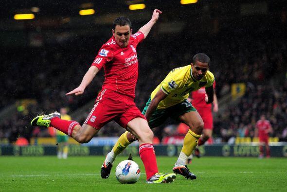 Liverpool goleó al Norwich con un partido memorable del delantero urugay...