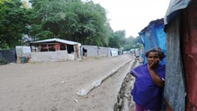 Tras golpear Haití con la fuerza de un huracán, Tomas se degradó a torme...