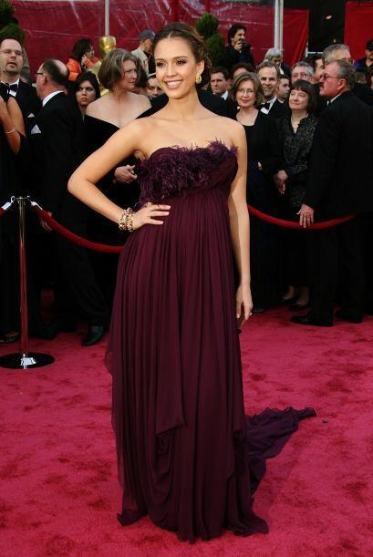 En la entrega de los premios Oscar del 2008, la estrella presumió su seg...