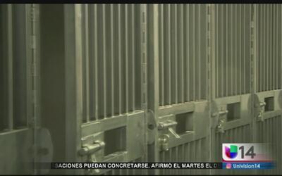 Indocumentados presos recibirán información