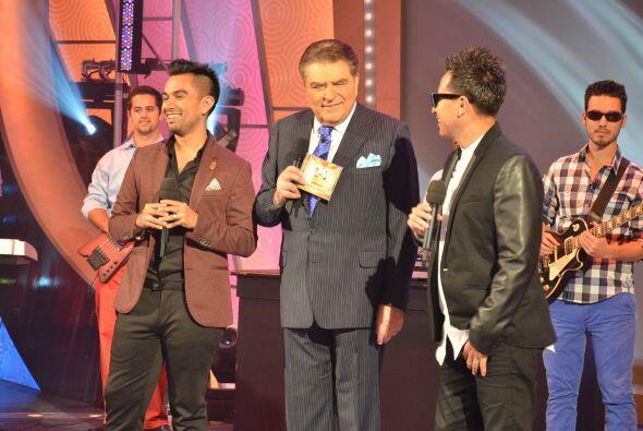 En esta ocasión Raúl y Mexia llegaron con Don Francisco para presentar s...