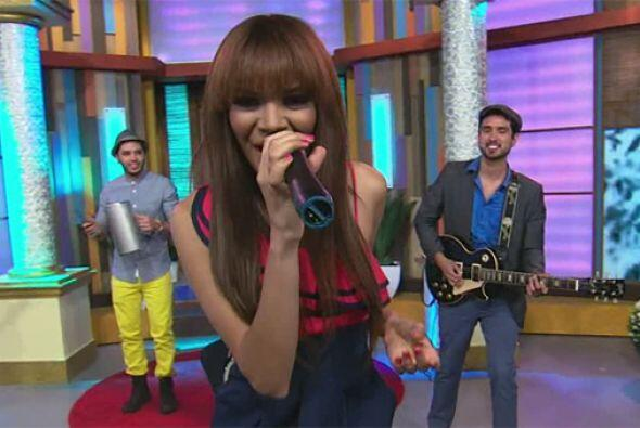 La cantante Leslie Grace brilló con su música interpretando 'Day One' en...