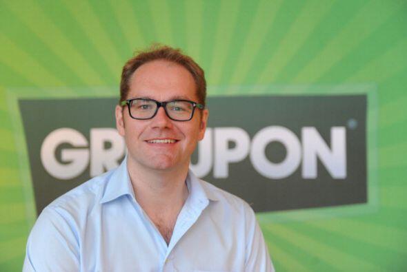 OFERTAS DIARIAS. Groupon, la empresa de ofertas diarias, arrancó con una...