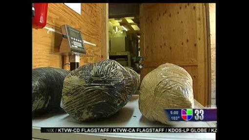 También se han encontrado pelotas de marihuana cerca del muro fronterizo...