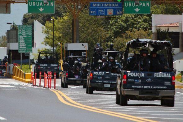 Desde que Calderón lanzó la ofensiva contra los cárteles de la droga hay...