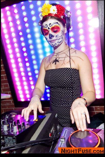 Hasta la DJ Dr. Drea se maquilló para la ocasión.