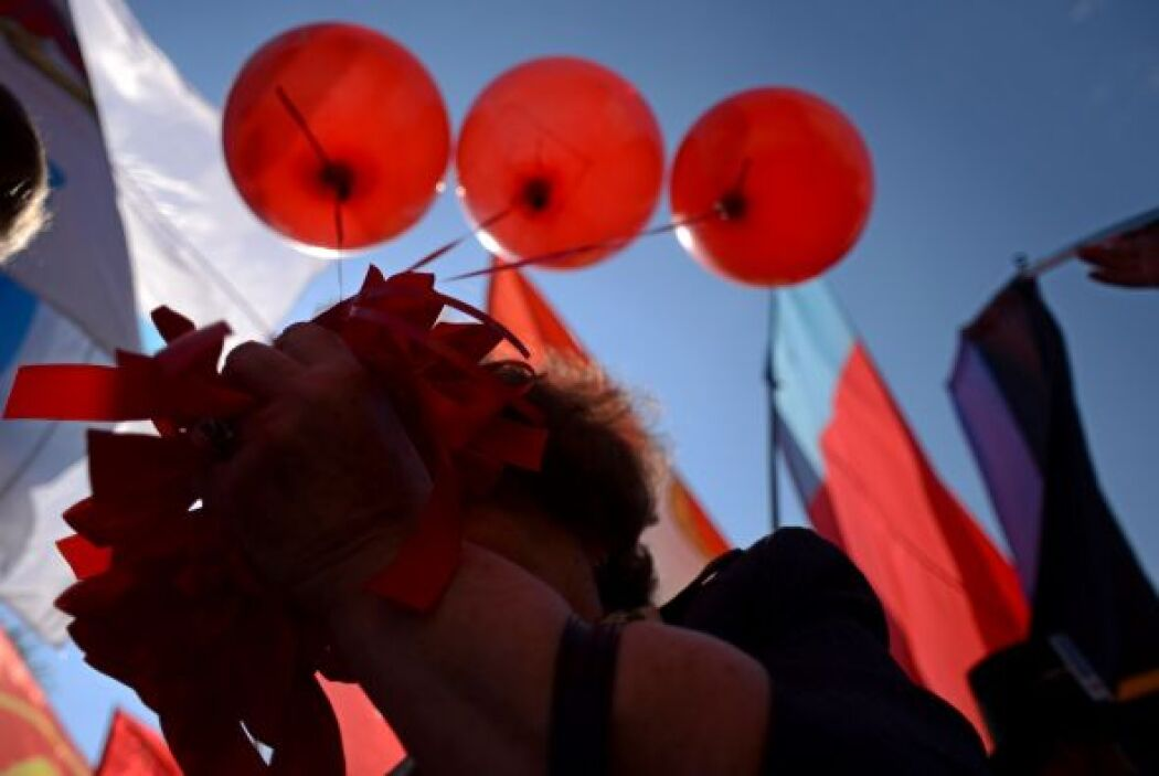 Miles de sindicalistas marcharon en Rusia este 1 de mayo.