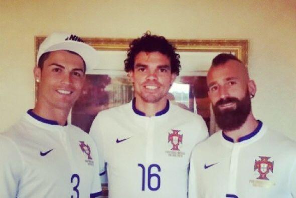 Cristiano Ronaldo, Pepe, y Raul Meirelles