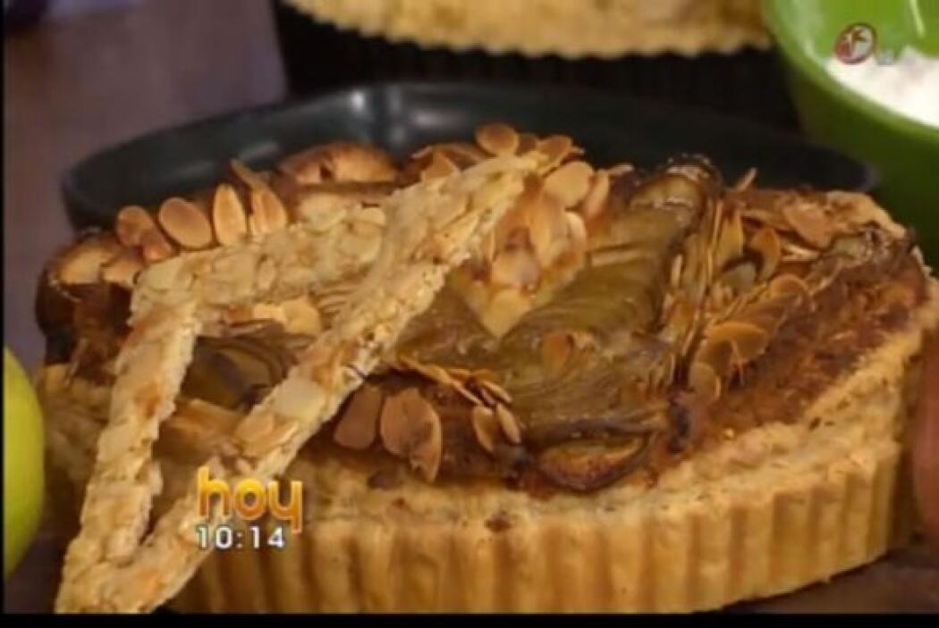 Tarta rústica de almendra con pera: A esta tarta también la puedes prepa...