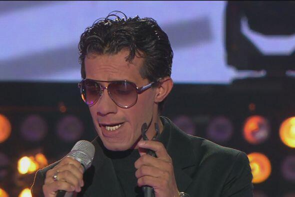 ¡No se confundan! Solo es Héctor Díaz imitando al famoso cantante Marc A...