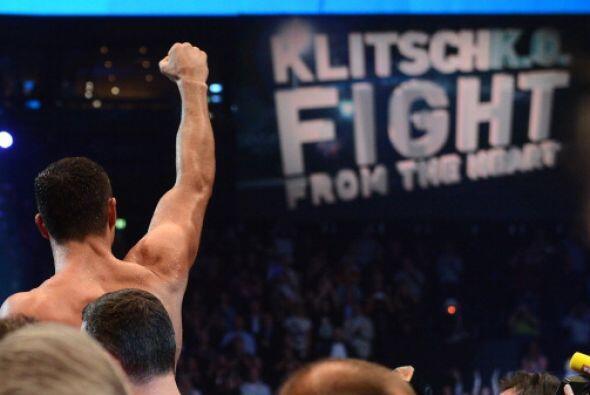 Al final se decretó el triunfo por decisión unánime de Klitschko.