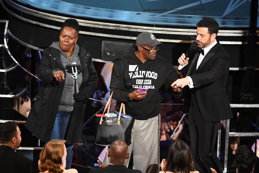 Cuando el conductor de la entrega 89 de los premios Oscar le preguntó a...