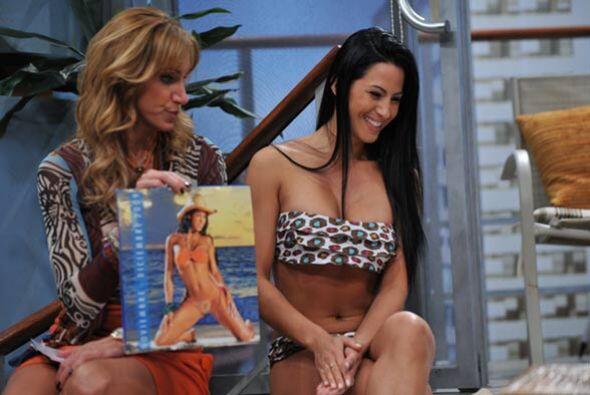Las fotos de su calendario fueron tomadas en una isla del caribe colombi...