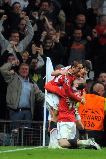 De este modo le devolvió la tranquilidad a la tribuna del Old Trafford.