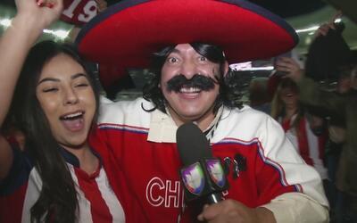 Kevin Arnulfo celebró el triunfo de Chivas sobre América con una hermosa...
