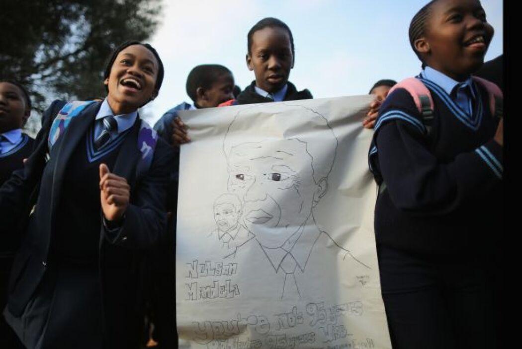 El presidente del país, Jacob Zuma, dio una buena noticia a sus compatri...