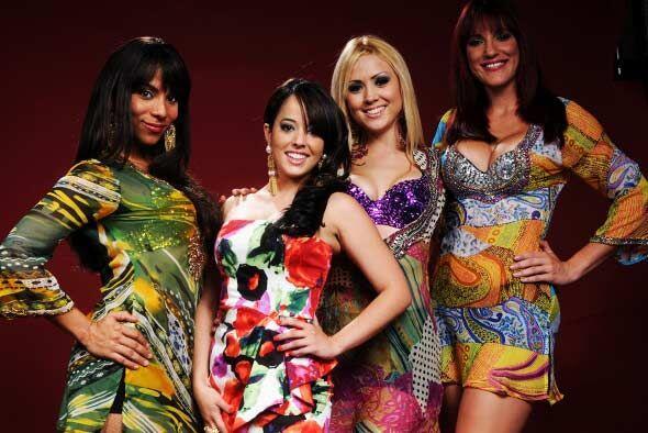 Cada uno de los modelitos que portan Muriel, Olga Lidia y Beatriz, son d...