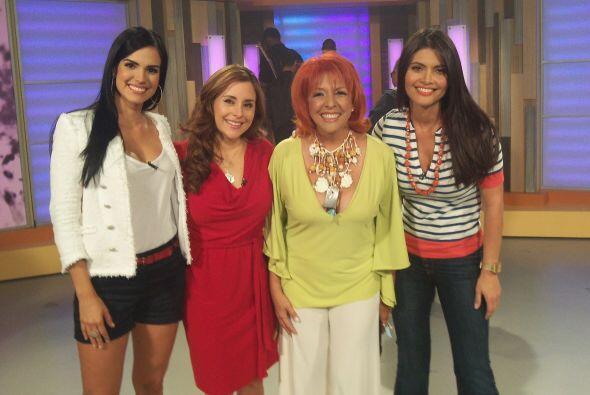 Scarlet Ortíz, Karime Lozano y Albita se desmañanaron por ustedes querid...