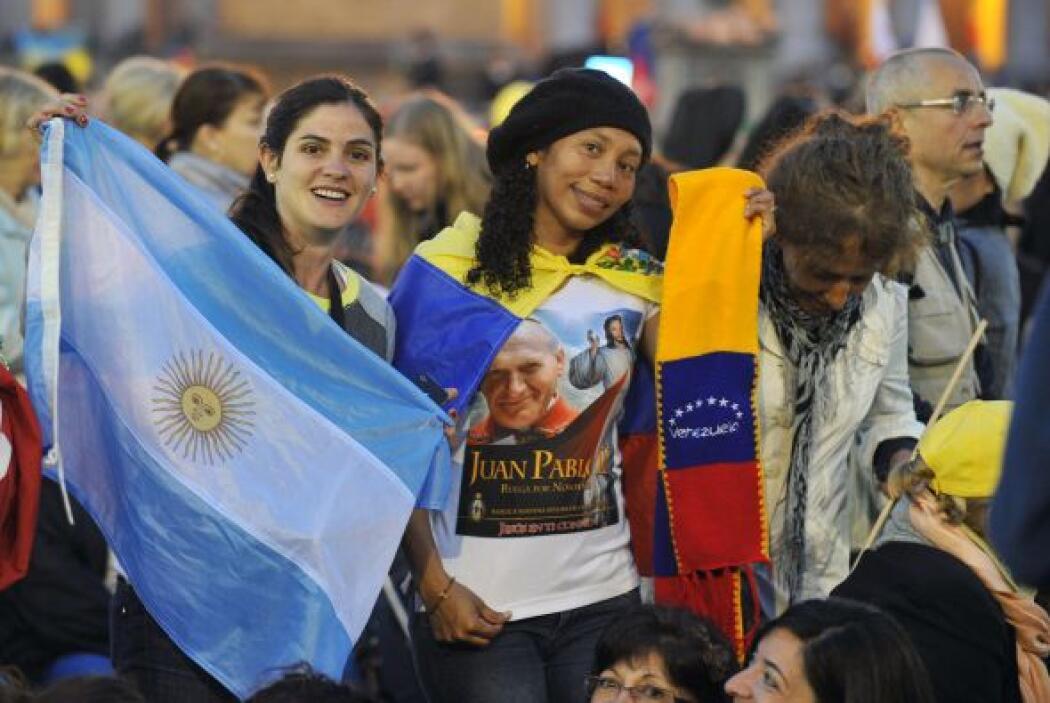 Peregrinos sudamericanos de Argentina y Venezuela presentes en la ceremo...