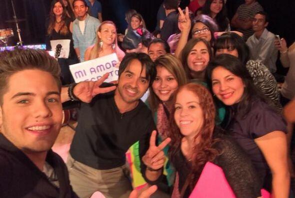 """""""#selfie con nuestro público invitado de hoy con @luisfonsi en @Despiert..."""