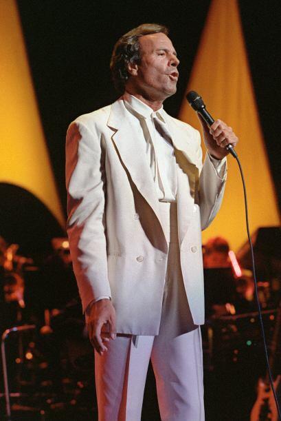 Uno de sus primeros éxitos fue en el Festival de la Canción de Benidorm...