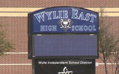 Preparatoria Wylie East se vio obligada a poner consejeros luego de que...