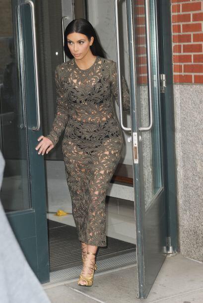 Kim Kardashian nos dejó con la boca abierta. Mira aquí los videos más ch...