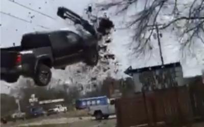 Toyota Tacome remonta los aires en la parroquia de Webster en el estado...