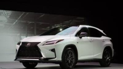 La lujosa marca Lexus presenta una imponente SUV en el International Aut...