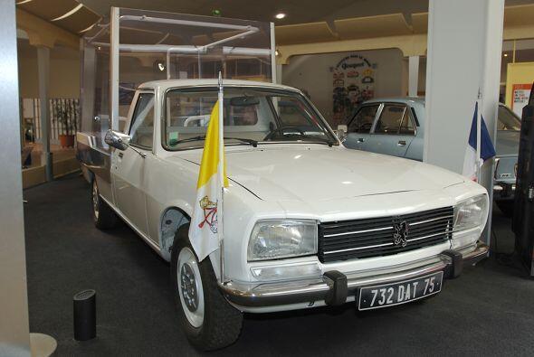 Peugeot 504: Actualmente, este vehículo se exhibe en el museo de Peugeot...