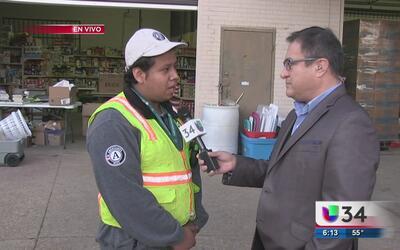 Organizaciones y voluntarios atienden las necesidades de los más afectad...