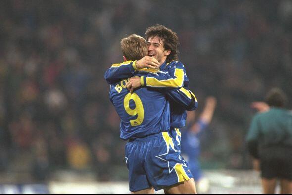 Marcelo Lippi era el técnico del club para la segunda campa&ntild...