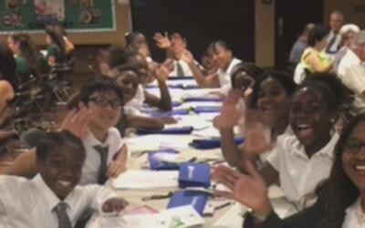 Univision 23 rinde homenaje a diez maestros más destacados del sur de la...