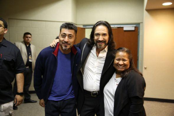 Marco Antonio Solis se presentó en L.A. y los radio escuchas de Más Vari...