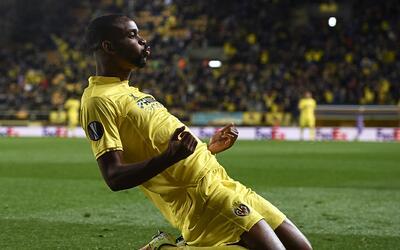 Cédric Bakambu marcó un doblete con el Villarreal