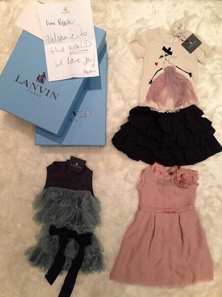 En uno o dos años Nori podrá presumirnos estos lindos vestidos de Lanvin.