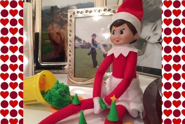 Y, ¿adivinen quién vive la navidad como si fuera una ni&nt...