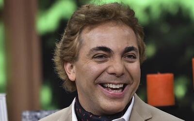 Cristian Castro contrae matrimonio con la violinista Carol Victoria