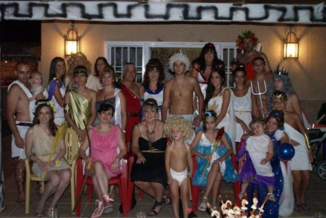 """Mitología.  """"En nuestra familia siempre preparamos en verano una fiesta..."""
