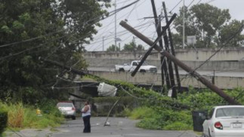 """""""Lee"""" batió con fuertes vientos y lluvias la franja sureste de Estados U..."""