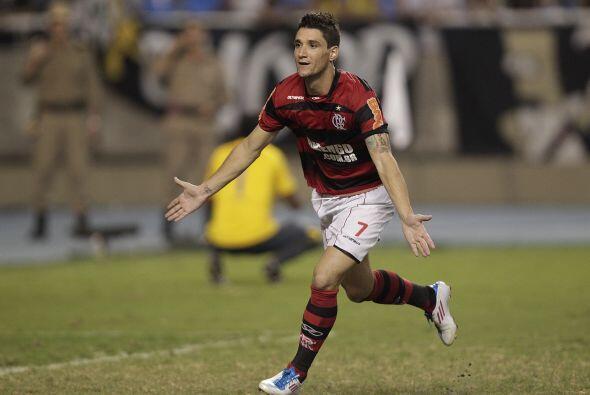 La victoria del Flamengo fue sufrida y se definió en los penales ya que...